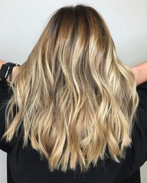 Балаяж на русых волосах